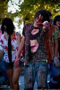 photos/zombiewalktoulon2011/zombiewalk2011.047.jpg