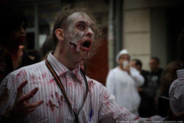 photos/zombiewalktoulon2010/zw.2010-19.jpg