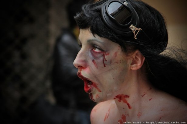 photos/zombiewalktoulon2010/zw.2010-21.jpg