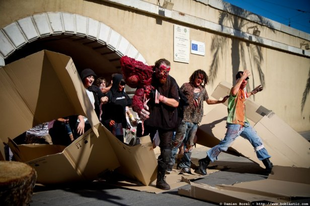 photos/zombiewalktoulon2011/zombiewalk2011.003.jpg
