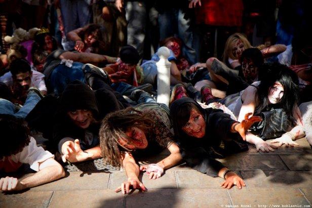 photos/zombiewalktoulon2011/zombiewalk2011.011.jpg