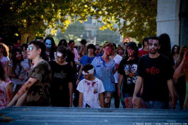 photos/zombiewalktoulon2011/zombiewalk2011.051.jpg